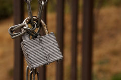Old lock with chain Royalty Free Stock Photos