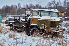 Old lorry abandoned in rural field Stock Photography