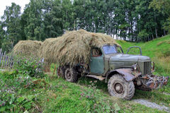 The old lorry with hay Royalty Free Stock Photography