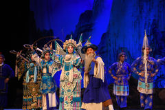 """The old man leading the way collecting herbs- Beijing Opera"""" Women Generals of Yang Family"""". This opera tells a patriotic story how does an old woman stock image"""