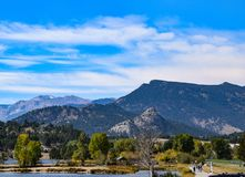 Free Old Man Mountain Looms In The Foreground Royalty Free Stock Photography - 129487217