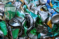 Old many garbage cans garbage Stock Photos