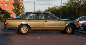 Old mercedes-benz 500 1980 Royalty Free Stock Photography