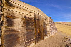 Old Miners House. Dugout Miners Shack abandoned in the Nevada desert Stock Photo