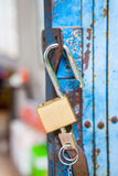 Old open padlock and key Royalty Free Stock Photography