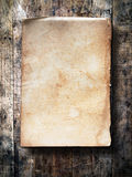 Old paper on grunge wood Royalty Free Stock Photos