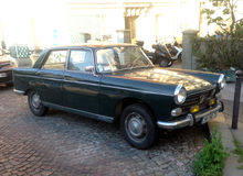 Old Peugeot 504 Royalty Free Stock Images