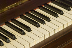 Old piano keyboard tilt view Royalty Free Stock Photos