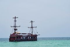Old pirate ship. In the Caribbean Sea Royalty Free Stock Photography