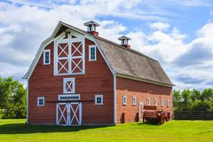 Old Red Barn on Farm Royalty Free Stock Photos