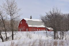 Free Old Red Barn In The Winter Stock Photography - 140732512