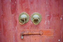 Old red chinese door Royalty Free Stock Photos