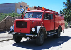 Old red fire truck Stock Photography