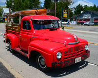 Free Old Red International Pickup Truck Royalty Free Stock Image - 42693026