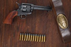 Free Old Revolver With Cartridges And U.S. Army Soldier& X27;s Belt With A Buckle Royalty Free Stock Photography - 144538367