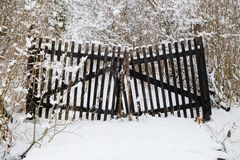 Free Old Rickety Wooden Gate Royalty Free Stock Photo - 106251335