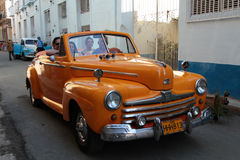 Old roadster in the street of Havana Royalty Free Stock Photos