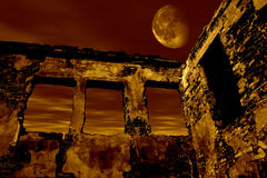 Old ruin in the moonlight Royalty Free Stock Photos