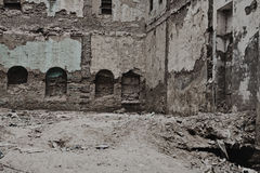 The old ruined brick apartment building closep Royalty Free Stock Images