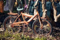 Free Old Rusty Bicycle For Children Used As A Decorative Object In A Garden Stock Photos - 158780343