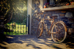 Old rusty bicycle Royalty Free Stock Photos