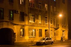 Old Shabby Building At Night In The Center Saint Petersburg Between 1924 And 1991 Named Leningrad. Royalty Free Stock Photos