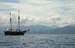 Old ship in te sea Royalty Free Stock Photo