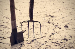 Old shovel and pitchfork. Old garden tools. Royalty Free Stock Photos