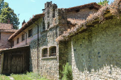 Old stone building of ancient castle in Italy Stock Photography