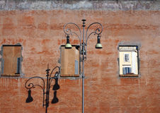 Old street lamp in front of brick wall, Roma Royalty Free Stock Photos