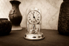 Old style shelf clock Royalty Free Stock Photos