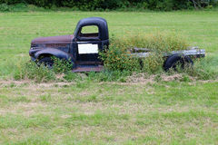 Old Truck in Field Royalty Free Stock Photos