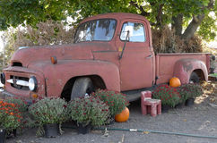 Old Truck Landscaping Feature Royalty Free Stock Photos