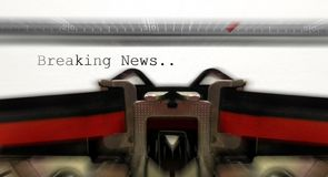 Old typewriter with breaking news Stock Photos