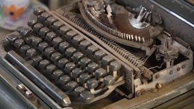 Old typewriter in the store. Old, vintage typewriter in the antiquarian store stock video