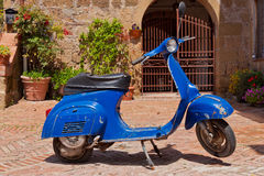 Old Vespa motor Stock Images