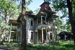 Old vintage abandoned wooden mansion. Former manor of Wasserman in Voronezh Stock Photography