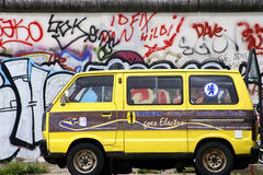 Old Volkswagen minibus Royalty Free Stock Photography