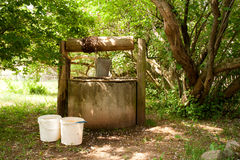 Old water well Royalty Free Stock Photos