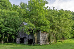 Old weathered barn in northern Alabama Royalty Free Stock Photos