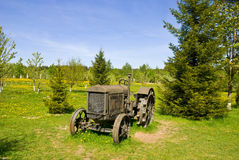Free Old Wheeled Tractor Royalty Free Stock Photos - 10069878