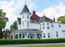 Old white Victorian house. A big white Victorian mansion, very well kept, in the south of the USA Royalty Free Stock Photos