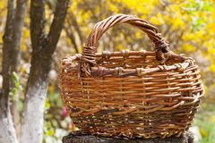 Old wicker basket Stock Photos