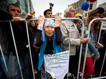 A old woman takes part in an anti-Putin protest Royalty Free Stock Photos