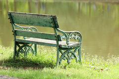 Free Old Wooden Bench Stock Photography - 33347592