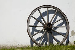 Old wooden cartwheel Royalty Free Stock Images