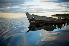 Free Old Wreck In The Lake Royalty Free Stock Photo - 6326445