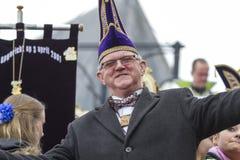 OLDENZAAL, NEDERLAND - MAART 6, 2011: De meesters van Carnaval tijdens jaarlijks Carnaval paraderen in Oldenzaal, Nederland Stock Afbeeldingen
