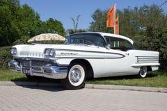 1958年Oldsmobile八十八经典之作汽车 免版税库存照片