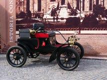 Oldsmobile弯曲了破折号1904年 图库摄影